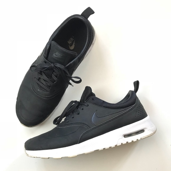 newest 37397 06a0d Nike Air Max Thea matte black leather. M 5bb25f7a9fe486ce11c20c63